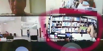 Advogado é flagrado transando com cliente durante audiência virtual no Peru; vídeo