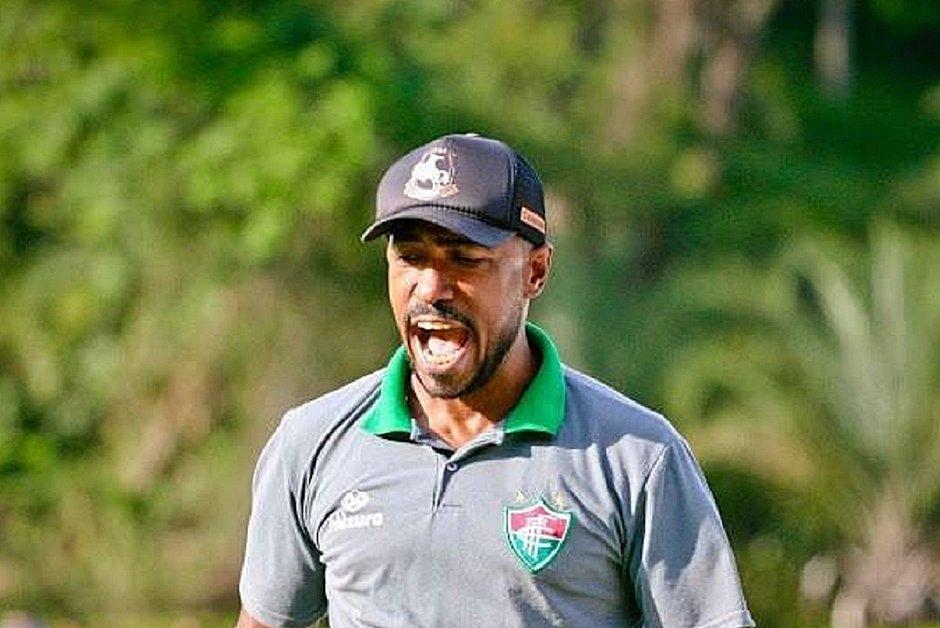 Edu Silva deixa o Fluminense na 7ª colocação do Campeonato Baiano