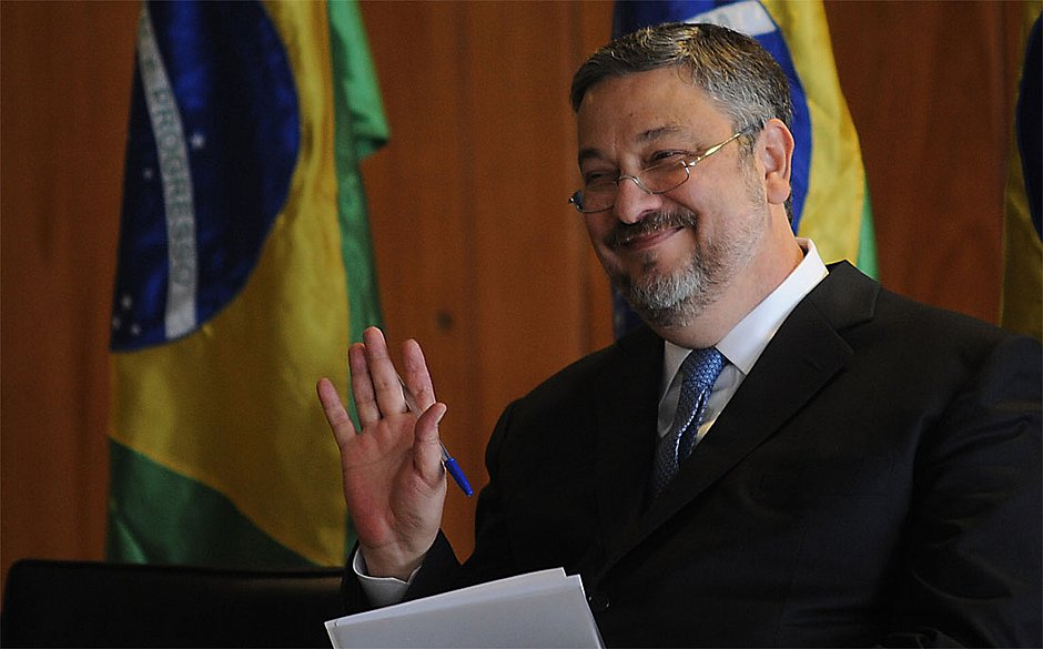 Delação de Palocci fala em propinas de R$ 333 milhões para o PT