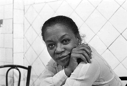 Ruth de Souza foi a primeira atriz negra a atuar no Theatro Municipal e a primeira brasileira indicada a um prêmio internacional de cinema