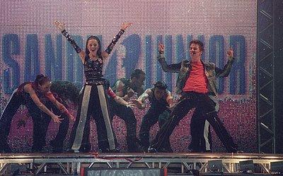 As Quatro Estações: Turnê do disco passou por Salvador em 15 de novembro de 2001. Em 1999, cantaram no Clube Espanhol.