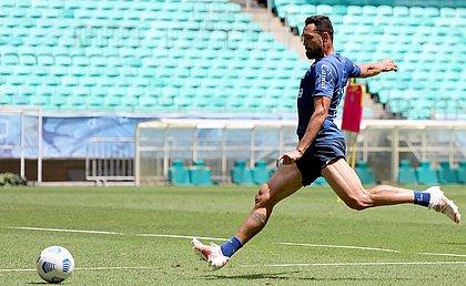 Gilberto tem 19 gols pelo Bahia na temporada 2021, maior goleador isolado da equipe