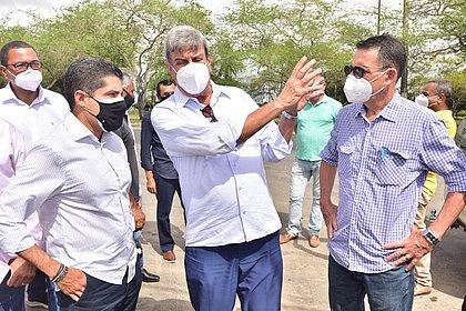 'Não podemos colocar o calendário eleitoral à frente', diz Neto em Feira de Santana