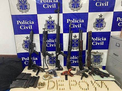 Arsenal apreendido pela polícia na Engomadeira é de líder do Comando da Paz