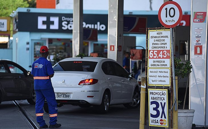 Transportes, alimentação e bebida são os vilões da inflação em outubro