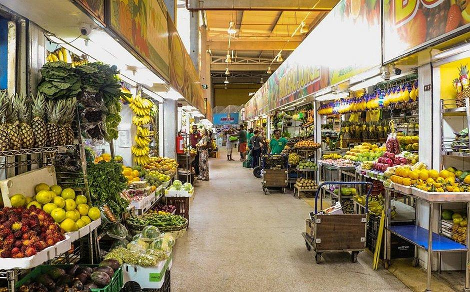 Mercado do Rio Vermelho reabre as portas e celebra 50 anos: 'estamos em festa'