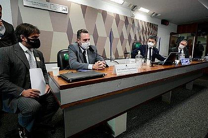 CPI da Covid: PM diz que teve convite para representar venda da Sputnik V no Brasil