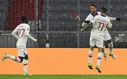 Neymar deu duas assistências na vitória do PSG sobre o Bayern