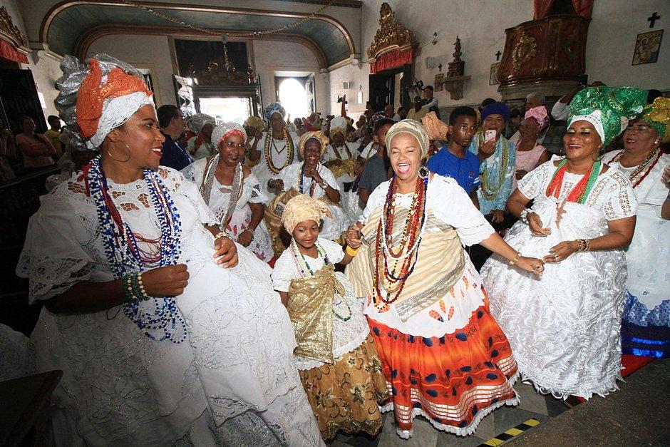 Dia Nacional da Baiana foi comemorado no Centro Histórico