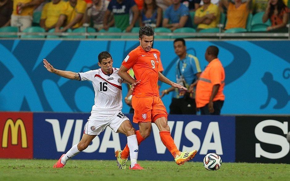 Van Persie no jogo contra a Costa Rica, pelas quartas de final da Copa de 2014