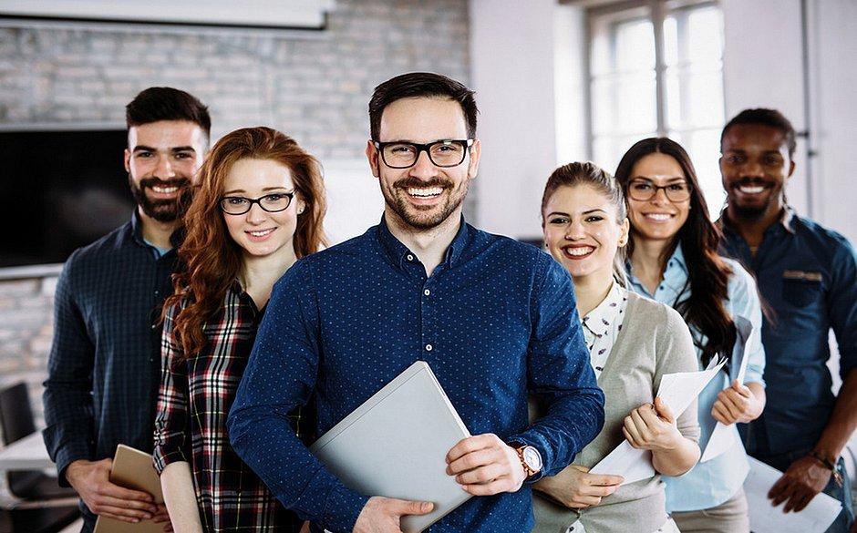 Em 2019, houve um aumento de vagas para estagiários e aprendizes