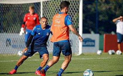 Reservas participaram de treino nesta sexta-feira (28), na Cidade Tricolor