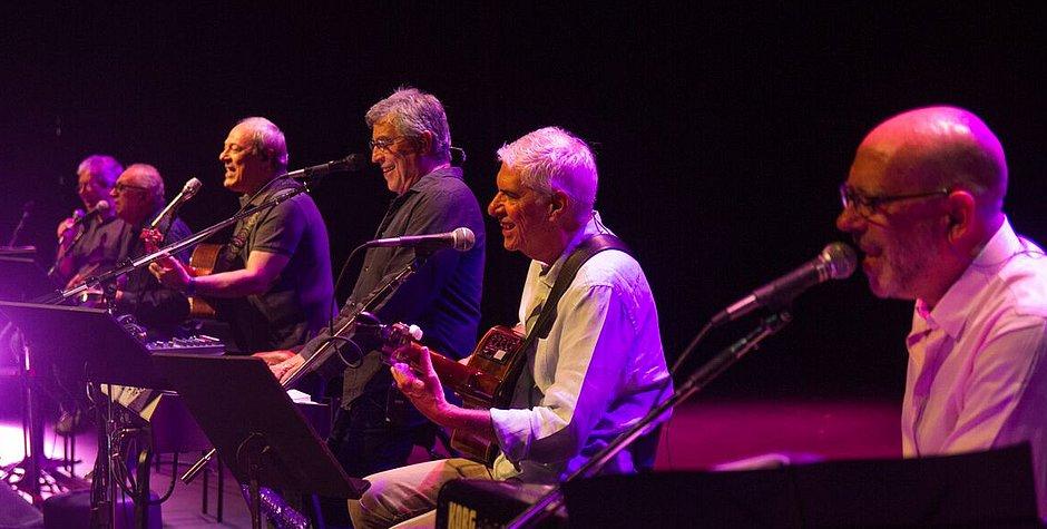 Toquinho, Ivan Lins e MPB4 no show 50 Anos de Música