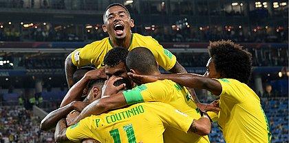 Brasil vence a Sérvia e vai pegar o México nas oitavas da Copa