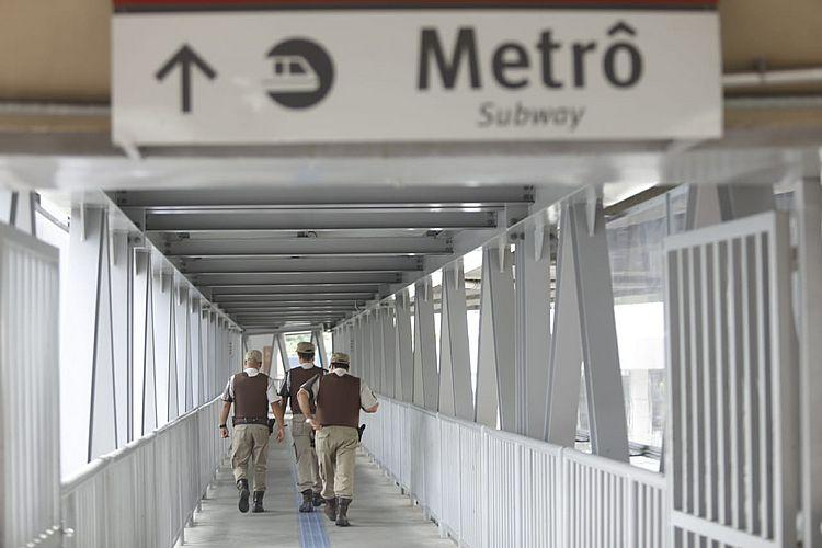 Polícia mata dois homens em tiroteio na estação do metrô da Bonocô