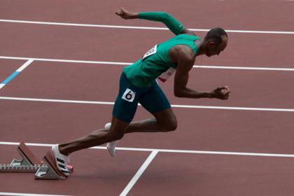 Alison dos Santos garante vaga na final dos 400 metros com barreiras