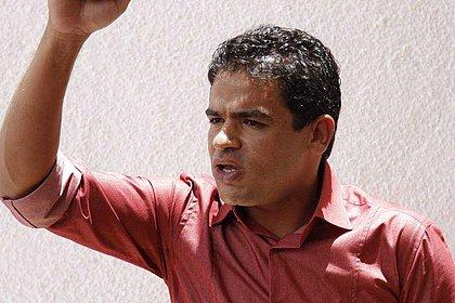 Polícia diz que assassinos de líder do MST chegaram para roubar; ele foi morto com cinco tiros