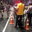 Operação foi montada dentro de viaduto na Avenida Luís Eduardo