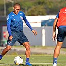 Nino Paraíba treinou normalmente nesta terça-feira (11)