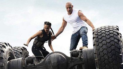 Nathalie Emmanuel  e Vin Diesel em cena de Velozes e Furiosos 9