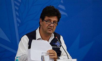 Bolsonaro tentou alterar bula da cloroquina, denuncia Mandetta