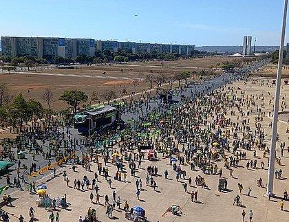 Manifestantes se reúnem em Brasília em ato pelo voto impresso e auditável