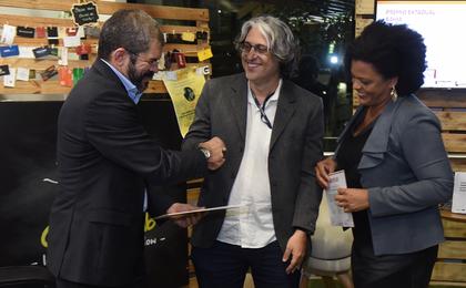 Reportagem do canal Agro do CORREIO recebe prêmio do BNB