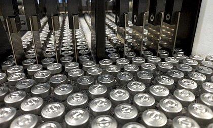 Fiocruz prevê entregar vacina com produção 100% nacional só no fim deste ano