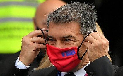 Joan Laporta foi eleito presidente do Barcelona no último domingo (7)