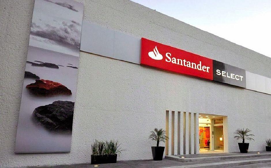 Santander inaugura primeiro espa o select em feira de santana correio o que a bahia quer saber for Atendimento santander no exterior