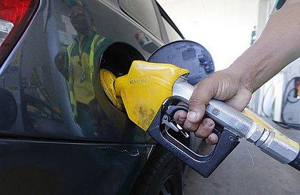 Gasolina nunca foi tão cara no Brasil, diz estudo; valor médio supera R$ 5