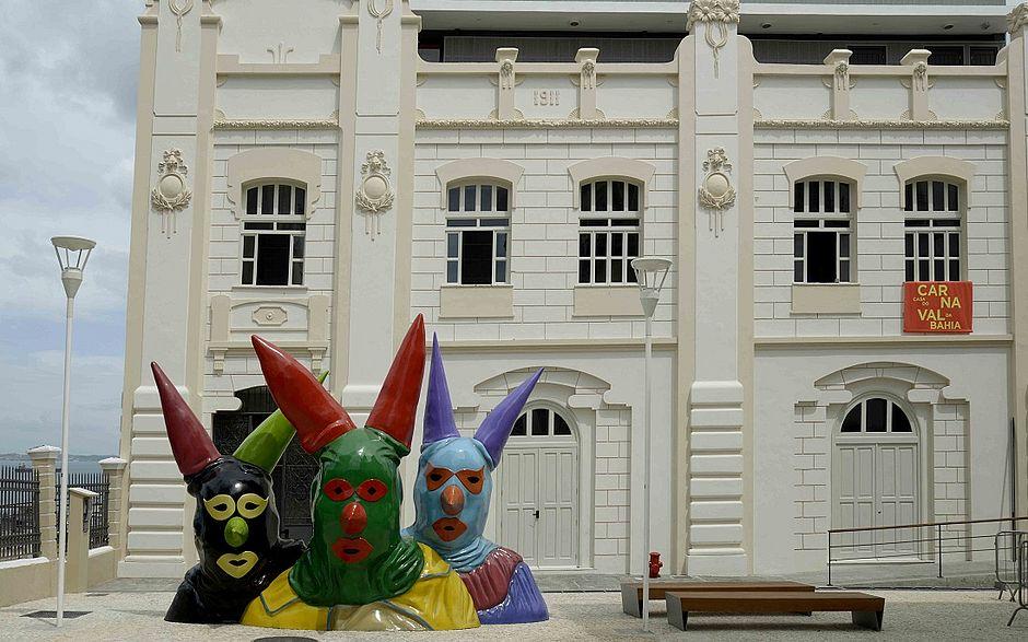 Entrada da Casa do Carnaval: primeiro museu da folia no país