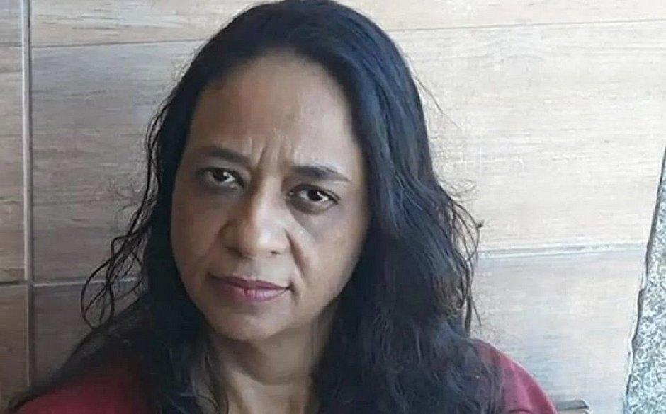 Aos 46 anos, mulher descobre que foi criada como filha por seu sequestrador