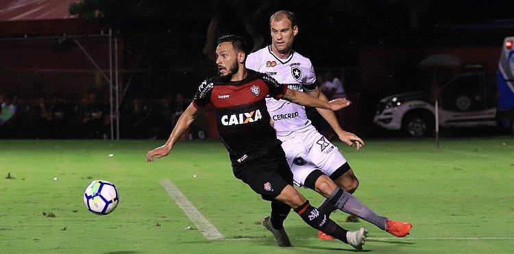Em jogo dramático, Vitória perde de virada para o Botafogo