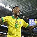Neymar comemora o gol marcado pela Seleção Brasileira