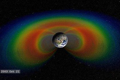 Nasa identifica anomalia no campo magnético da Terra; falha pode prejudicar satélites