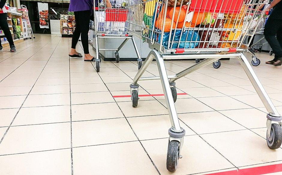 Supermercados adotam estratégias para ganhar a concorrência na pandemia