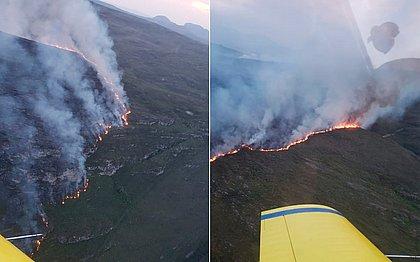 Fogo no Parque Nacional da Chapada Diamantina destrói área de 2,4 mil campos de futebol