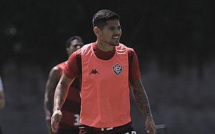 Artilheiro do Vitória em 2020, Léo Ceará é uma das apostas contra o Cruzeiro