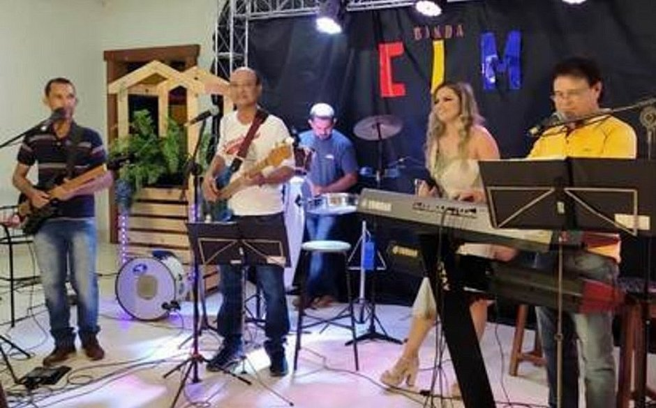 Músico morre após ter infarto fulminante durante live em MG