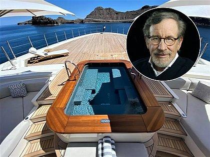 Steven Spielberg tenta vender iate com 10 anos de uso por mais de R$ 800 milhões