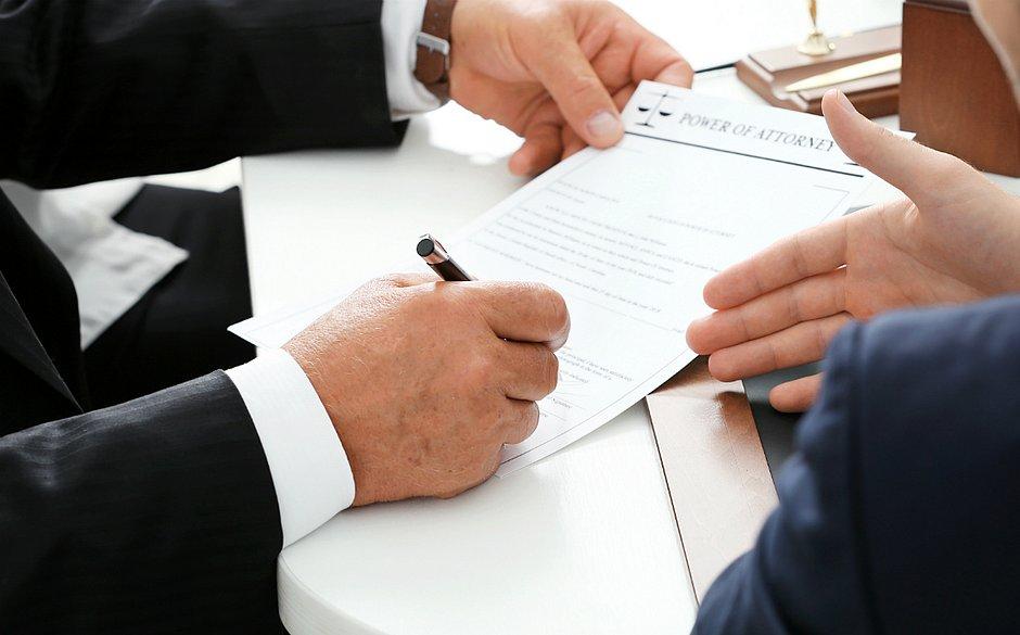 A contratação precisa levar em consideração as necessidades da empresa e o respeito a CLT