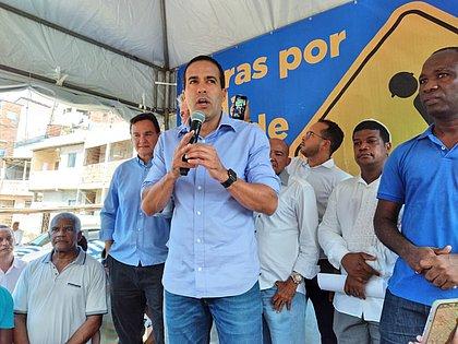 Vice-prefeito Bruno Reis comandou entrega de duas geomantas no bairro do Saboeiro