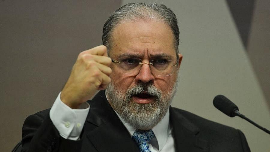 Procurador-geral da República Augusto Aras está com covid-19