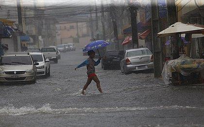 Chuvas devem ocorrer no perído da madrugada e inicio da manhã desta segunda-feira (09)