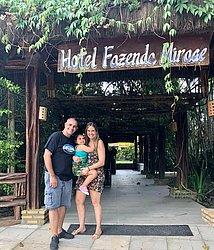 Daniela, alugou com marido, filha e amigas 14 apartamentos em um hotel