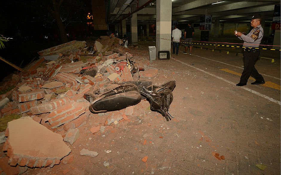 Terremoto de magnitude 7,0 na Indonésia deixa ao menos 39 mortos