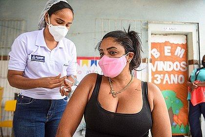 Vacinômetro: Bahia tem 9,1 milhões de vacinados com ao menos uma dose