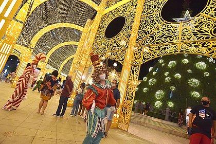 Prefeitura faz live mostrando detalhes da decoração de Natal de Salvador
