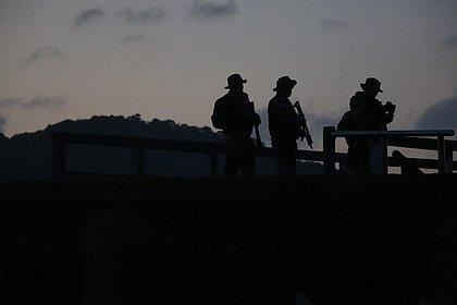 Polícia prende grupo suspeito de invadir e furtar apartamentos em Salvador